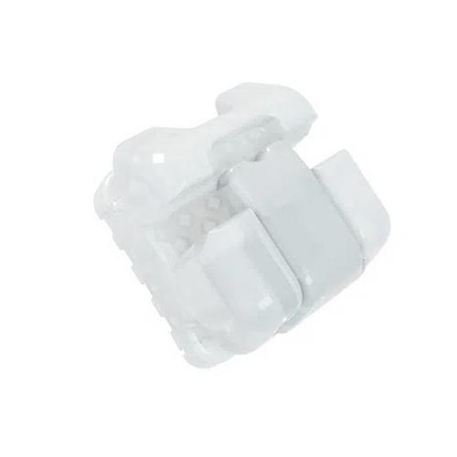 Reposicao-Braquete-Ceramico-Autoligado-Passivo-Roth-Noble-022---OrthoMundi-Frente